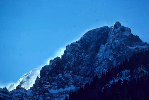 Snow banners billowing across Republic Mountain.
